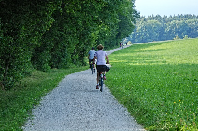 jízda po cyklostezce